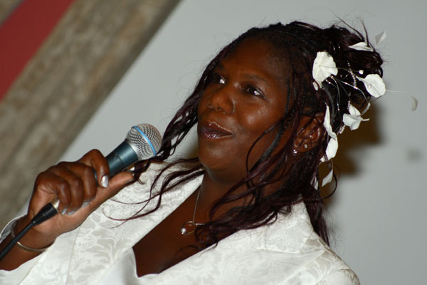 woman giving wedding speech