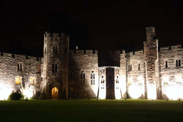 castle light by night