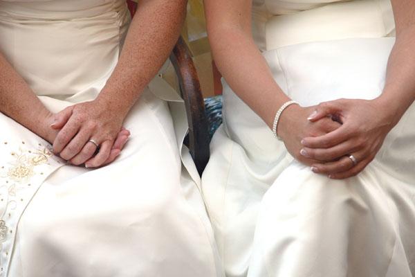 lesbian wedding etiquette