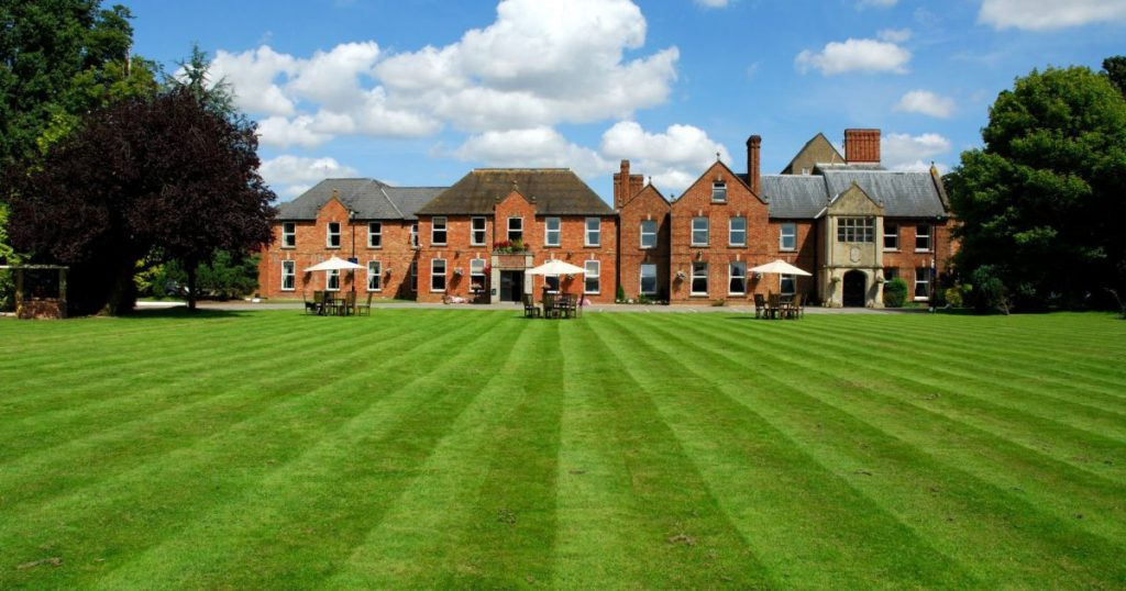hatherley manor hotel gay wedding venue